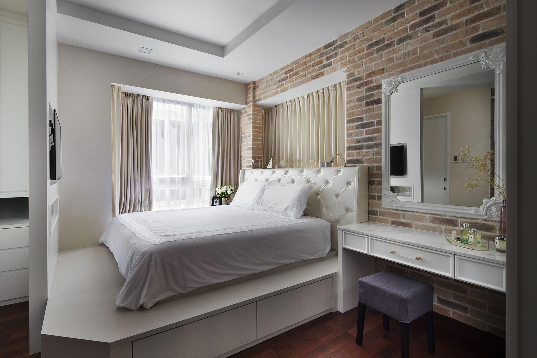 Interior Design For Bedroom by SYRB ID Firm in Singapore